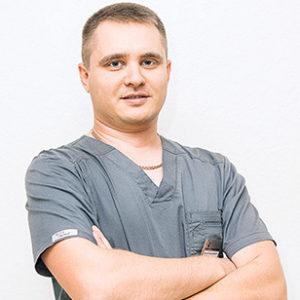 Калугин Артур Владимирович хирург-имплантолог, ортопед